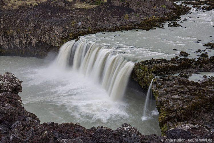 Der Þjófafoss Wasserfall im Süden Islands