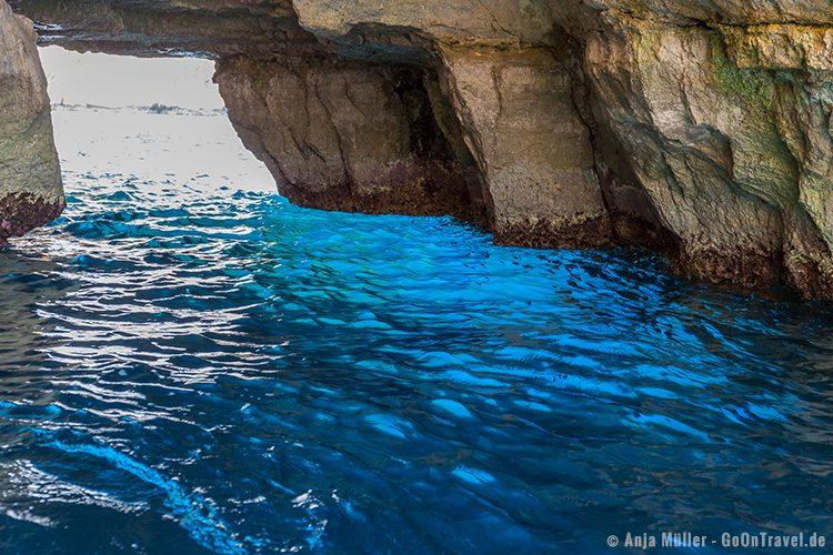 Dieses leuchtende Blau gab der Blaue Grotte wahrscheinlich ihren Namen.