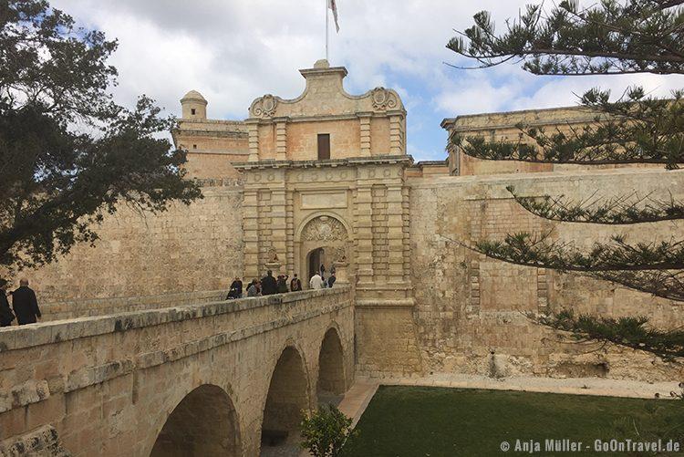 Am Eingang von Mdina, die alte Hauptstadt von Malta