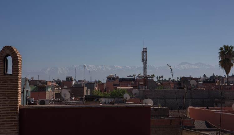 Blick aus das Atlasgebirge von der Dachterrasse