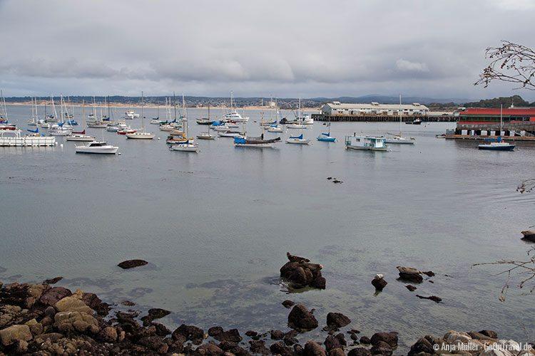Blick auf den Hafen von Monterey