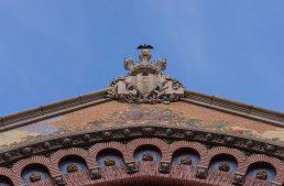 Valencias Gesicht – historische Fassaden, hippe Street Art und Fledermäuse
