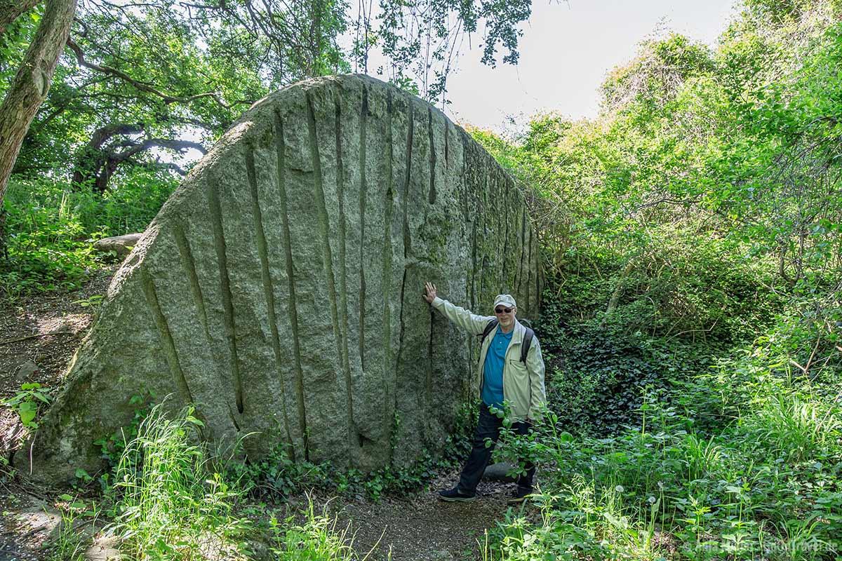 Größenvverhältnis Mensch und Stein