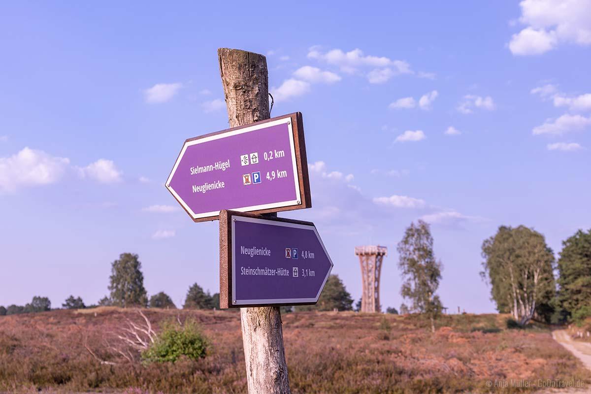 Wegweiser in der Kyritz-Ruppiner Heide