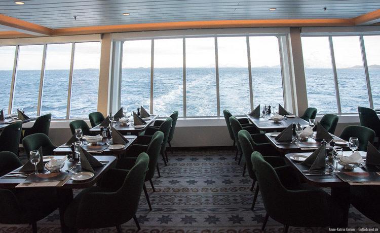 Abendessen mit Meerblick