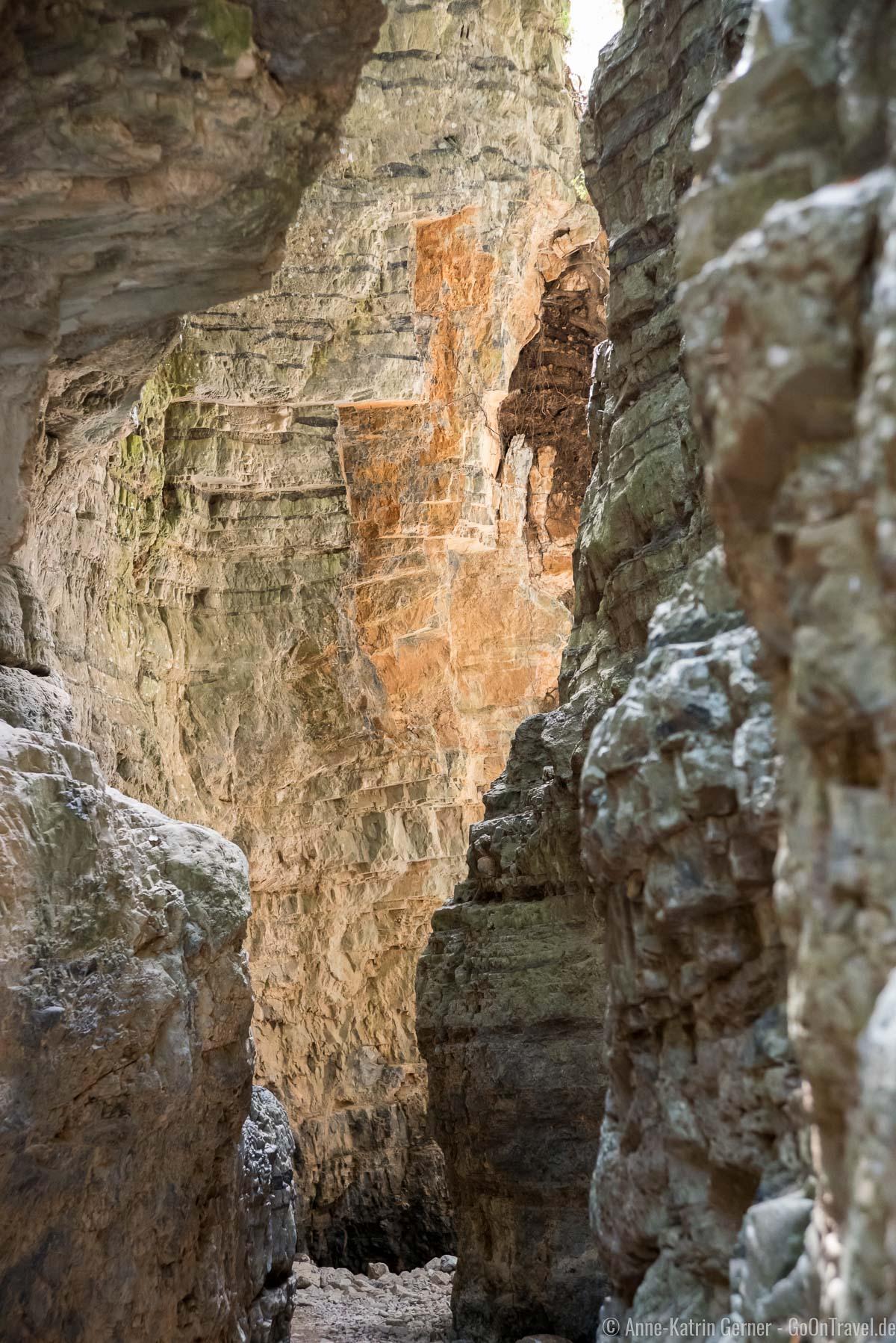 die Felswände scheinen sich zu berühren
