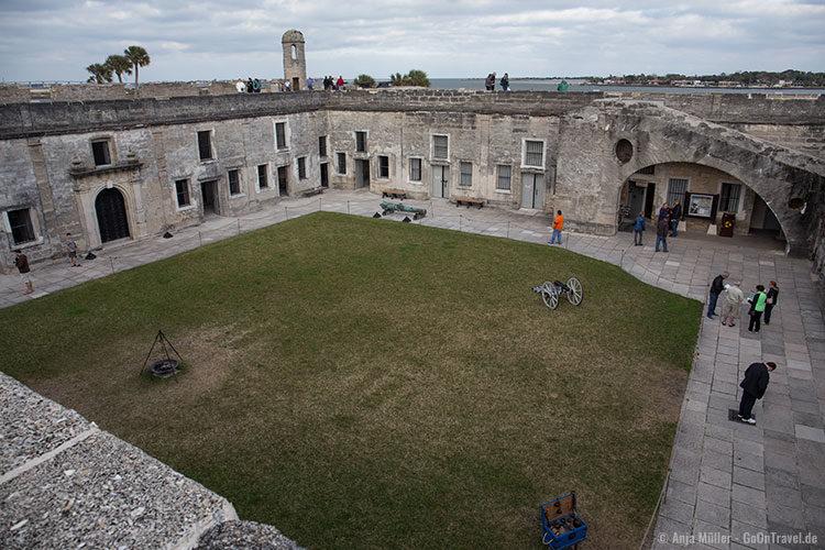 Der Innenhof der Festung Castillo de San Marcos
