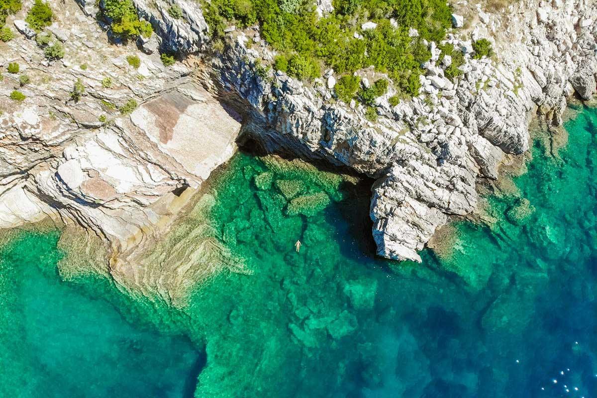 Kamenovo Beach von oben