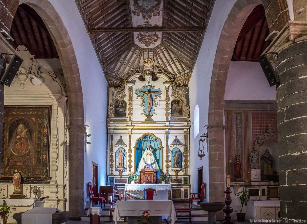 Iglesia de Nuestra Señora de los Remedios in Yaiza