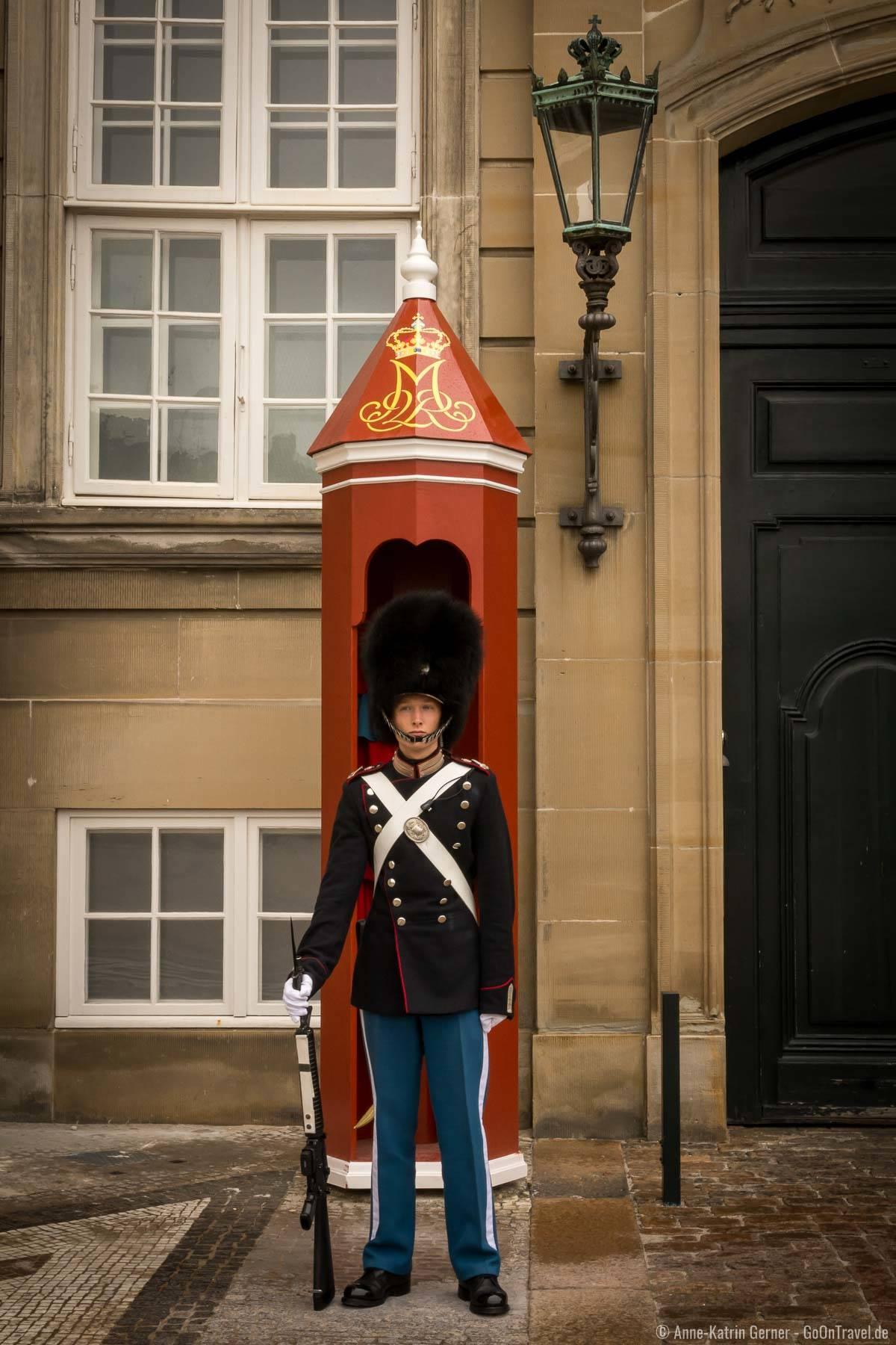 Königliche Garde am Schloss Amalienborg