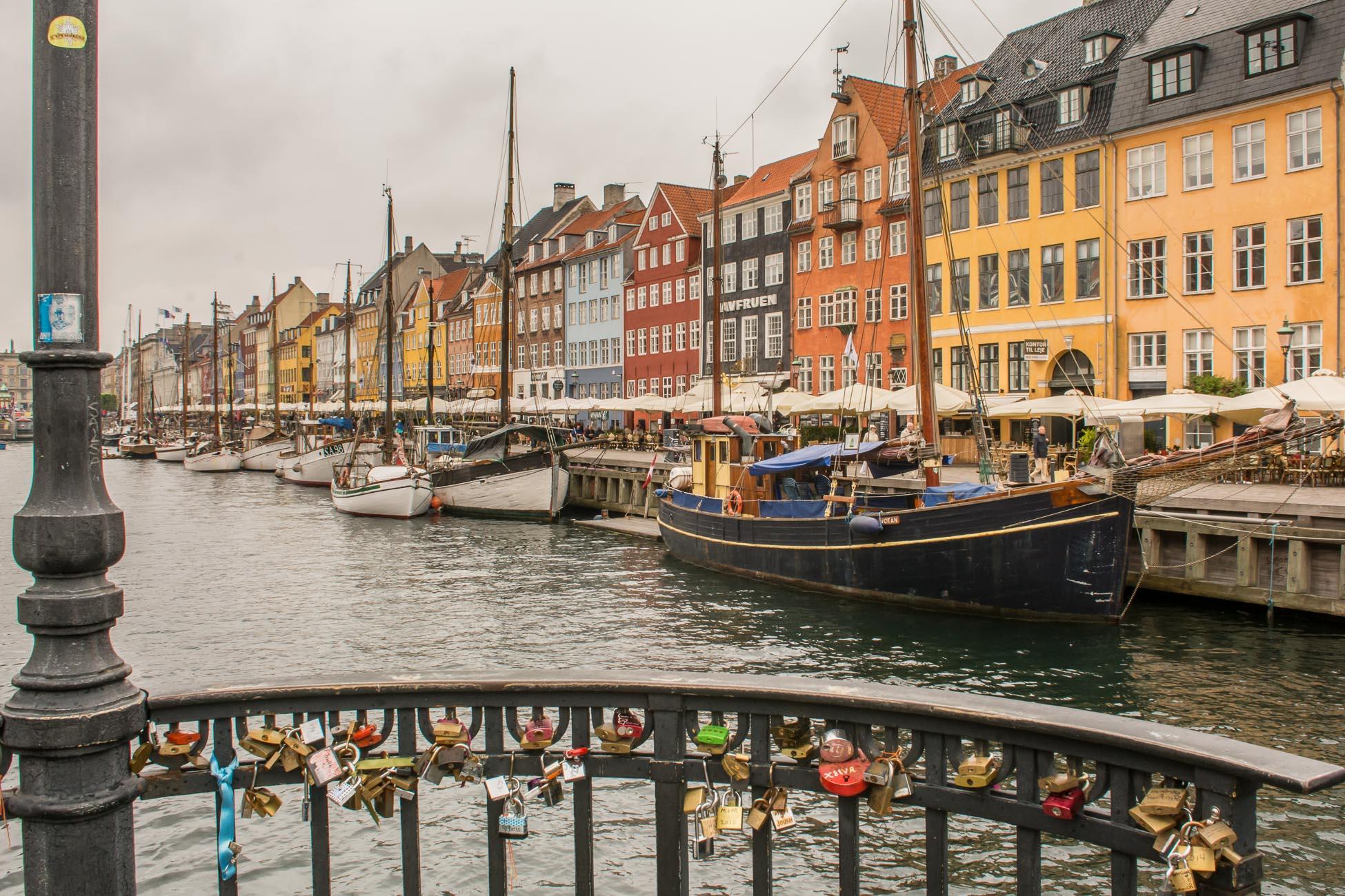 Kopenhagen bei Regen Nyhavn