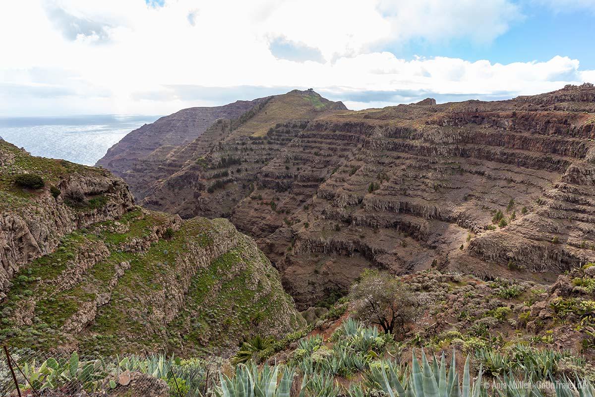 Geriffelte Felsen auf La Gomera