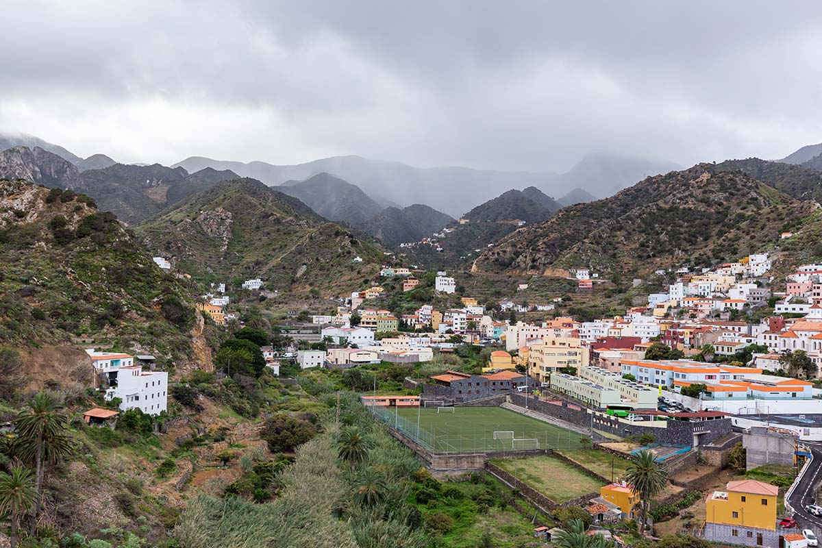 Blick auf den kleinen Ort Vallehermosa