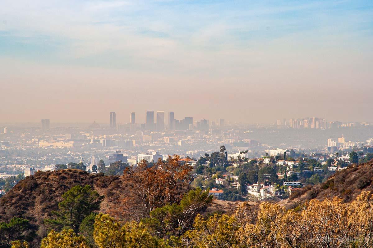 Dissige Sicht auf Downtown Los Angeles
