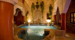 Riad oder Hotel: Was ist die bessere Unterkunft in Marrakesch?