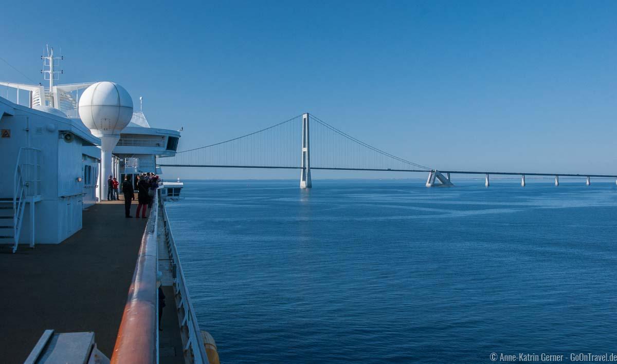 Die Große Belt Brücke kommt in Sicht
