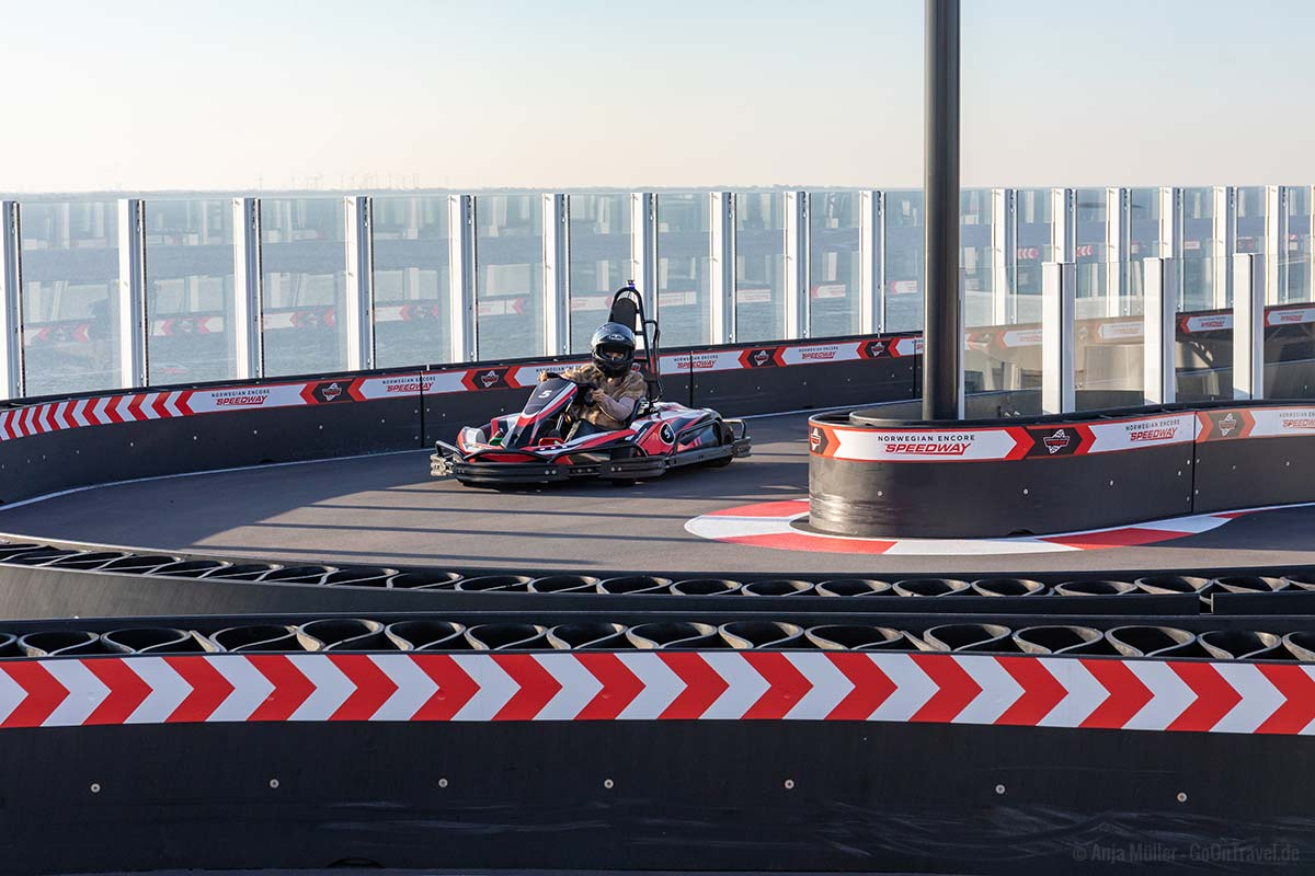 Der Speedway auf der Norwegian Encore