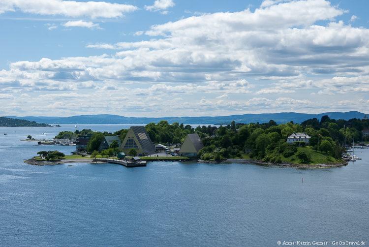 Die Halbinsel Bygdøy mit dem Fram Museum (li.) und dem Kon-Tiki Museum (re.)