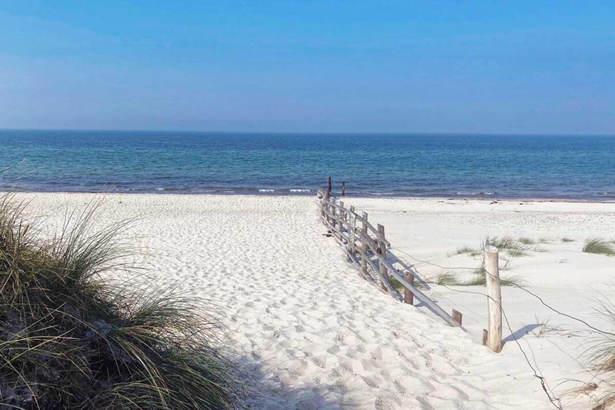 Puderweißer Sand am Weststrand