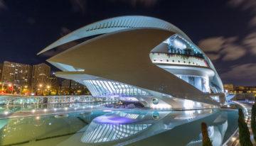 Fotostopp: das Opernhaus Palau de les Arts in Valencia