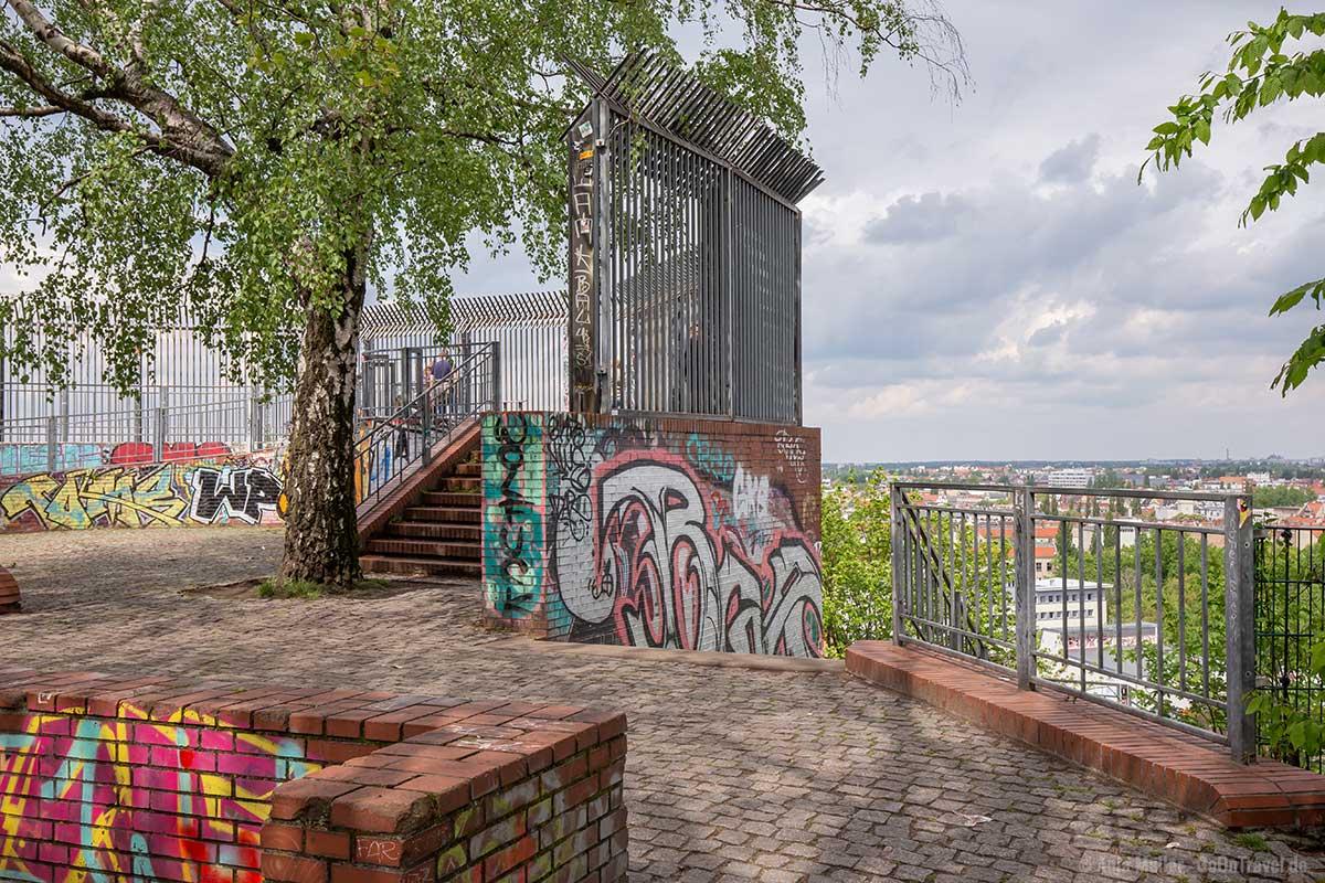 Flakturm im Volkspark Humboldthain