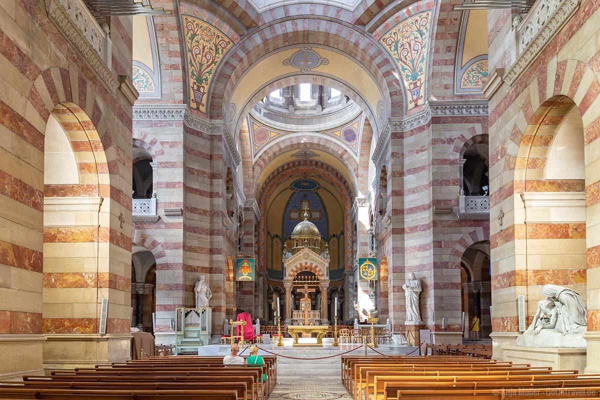 In der Kathedrale von Marseille