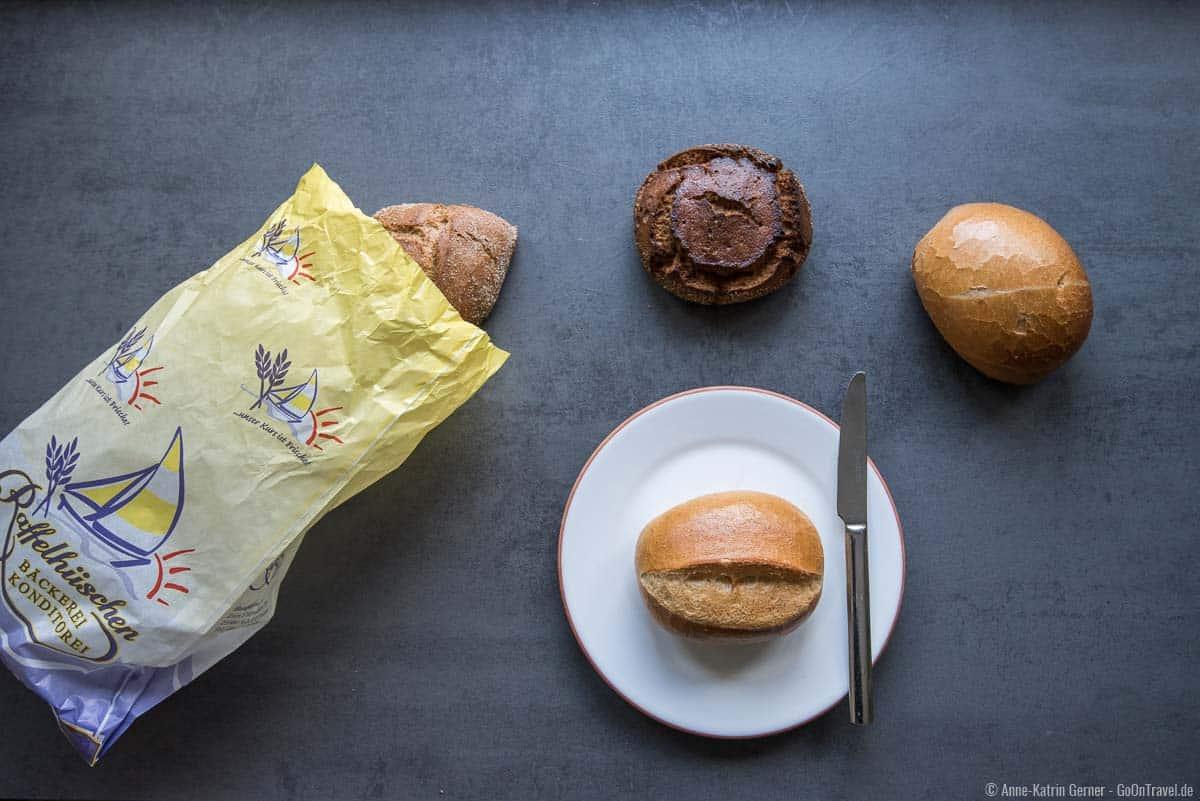Schnittbrötchen, Rundstück und Sylter Knacker von der Bäckerei Raffelhüschen