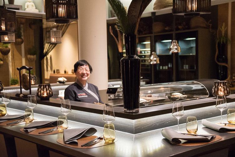 Sushi Meisterin Myung Suchochleb im Spices