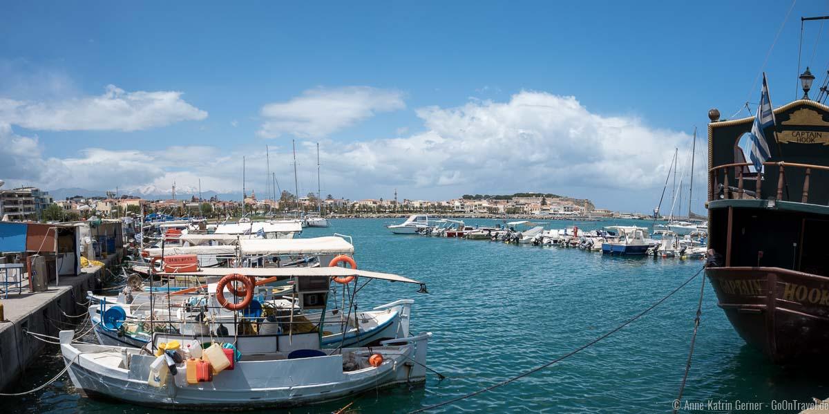 Marina von Rethymno mit Altstadtblick