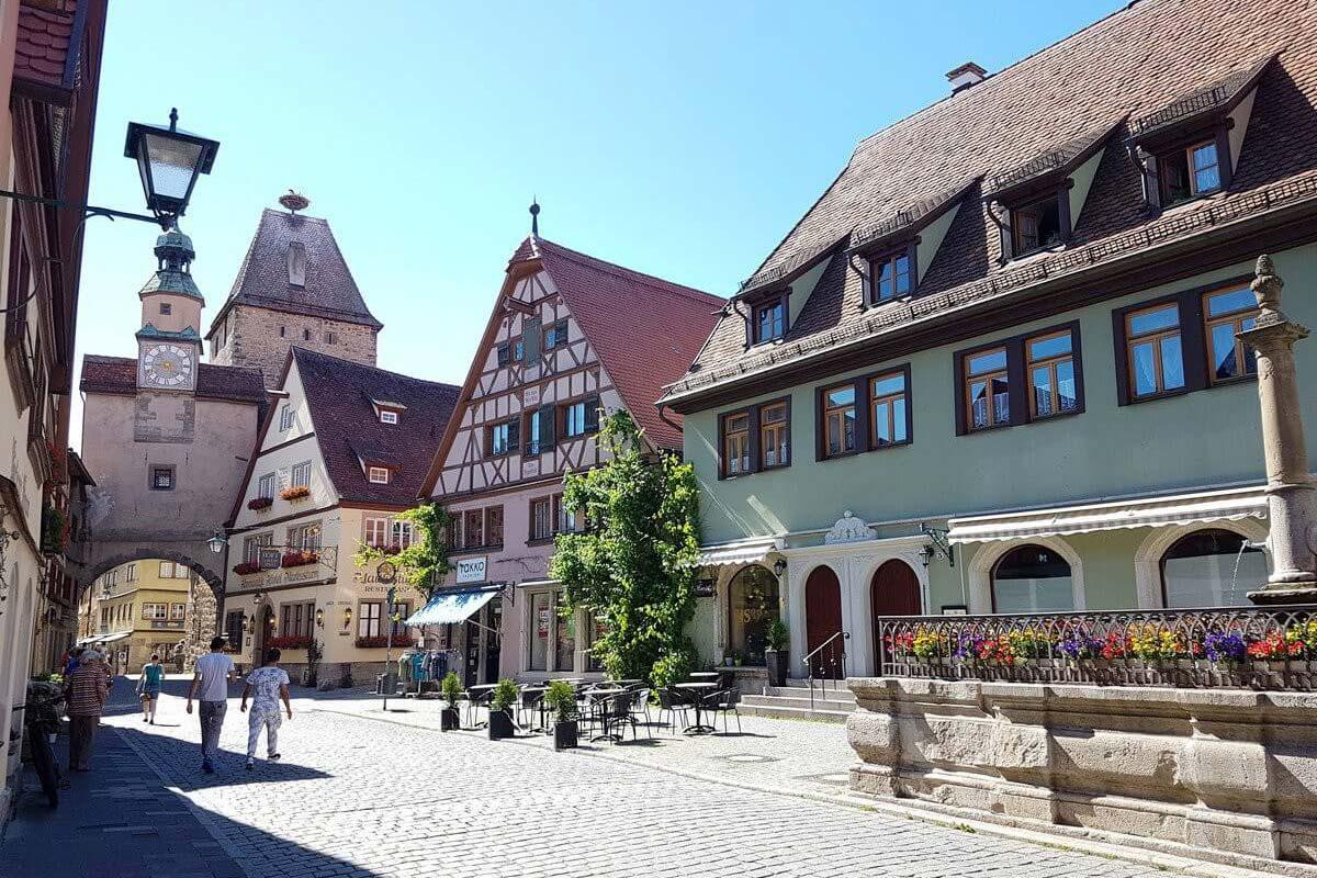 Röderbogen und Markusturm in Rothenburg