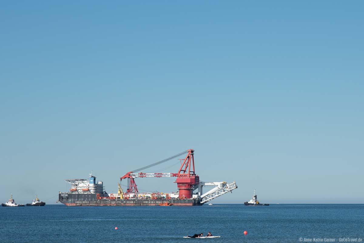 Schiffsverkehr vor Warnemünde