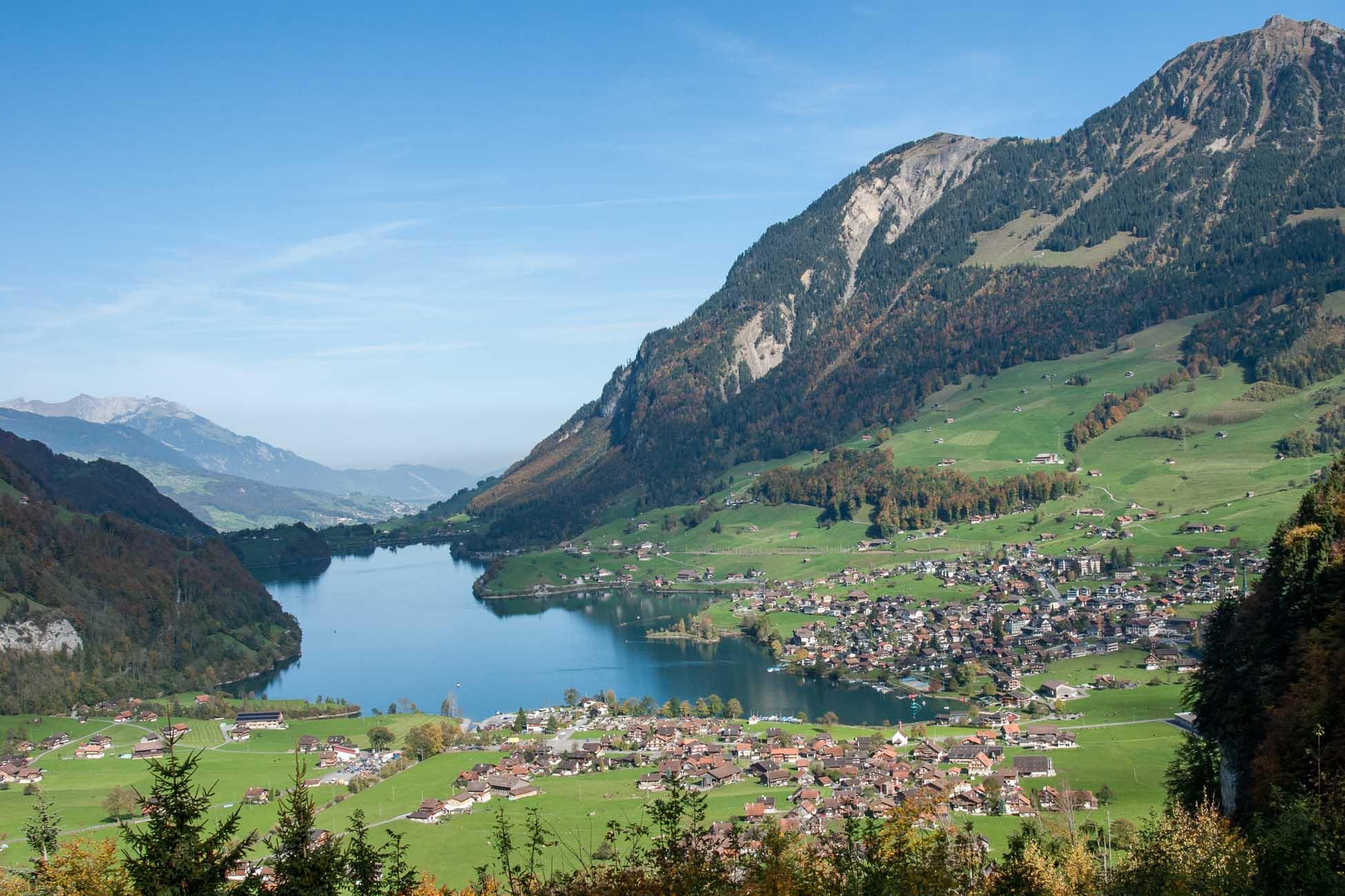 Schweizer Berge und See