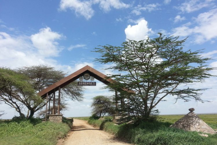 Serengeti Nationalpark Main Gate