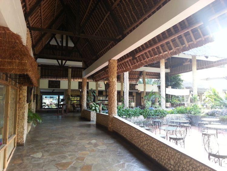 Lobby und Shoppingbereich