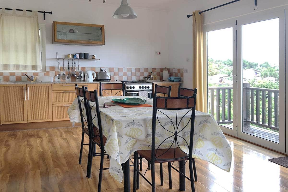 Küche und Essbereich in der Songbird Villa