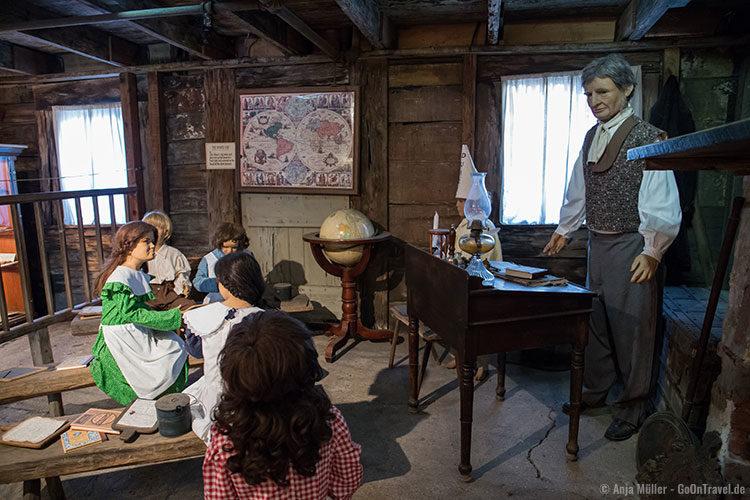 Das älteste Holz-Schulgebäude der USA von innen