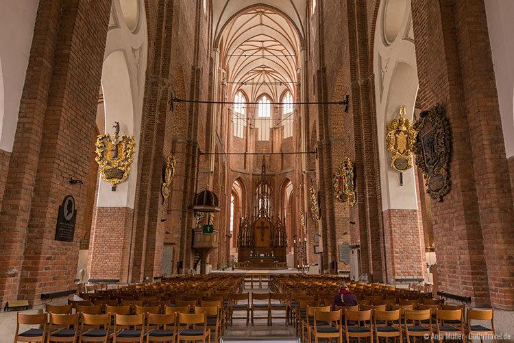 Die St. Petrikirche von innen