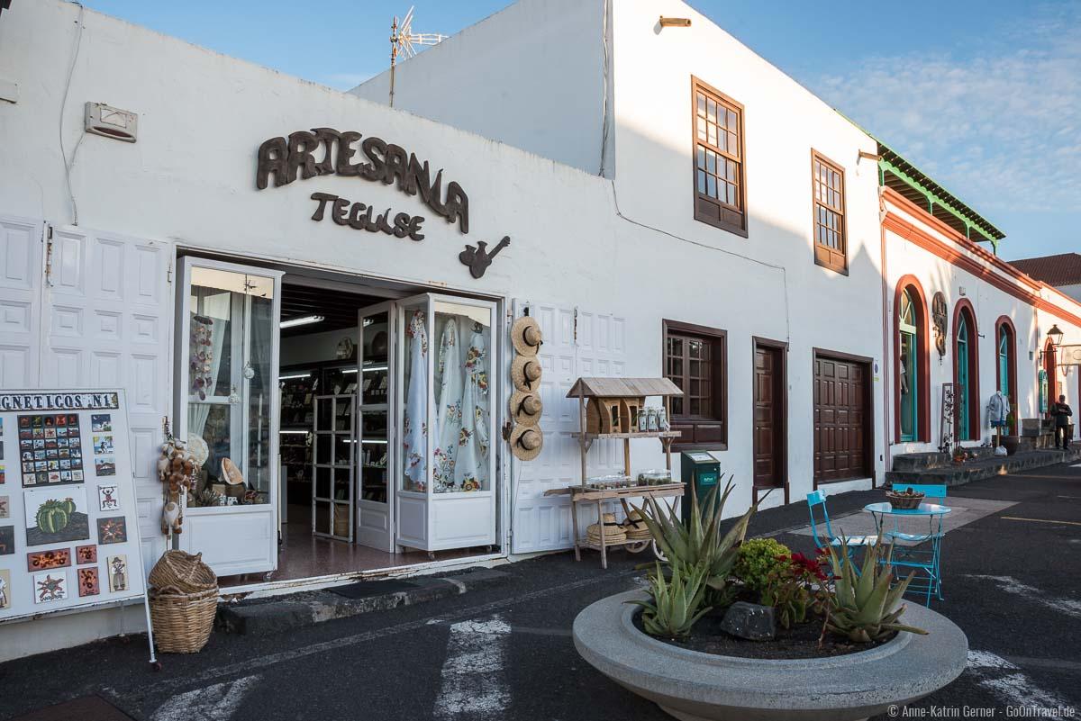 In Teguise finden sich viele Geschäfte mit lokalen Produkten