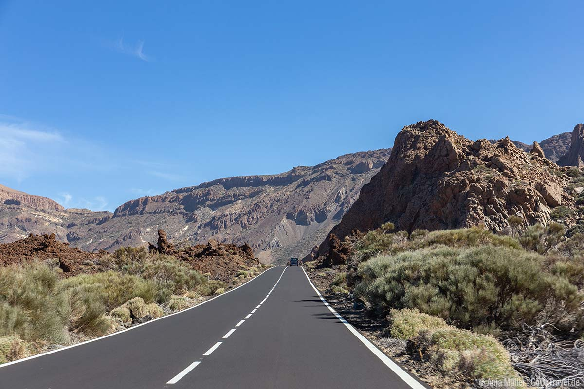 Strasse im Teide Nationalpark
