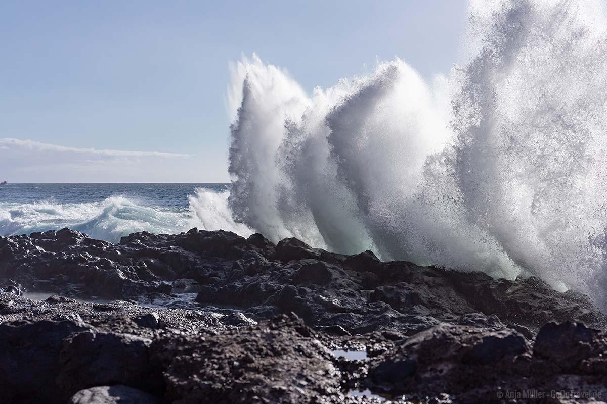 Heftiger Wellengang vor Teneriffa