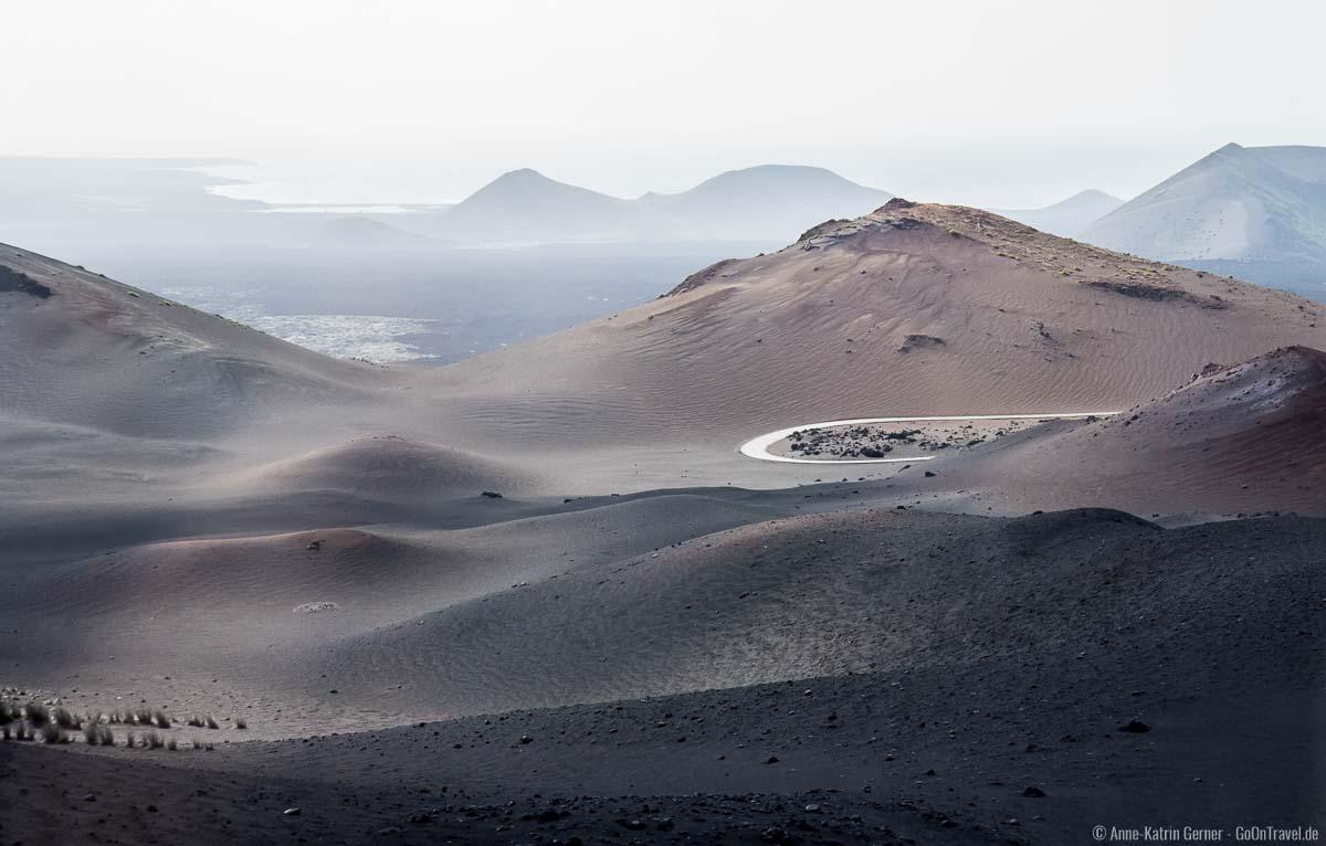 Mit dem Bus auf Vulkantour