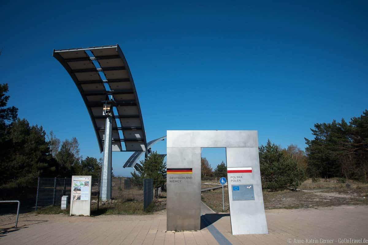 Grenzplatz mit Solarsegel auf der Europa-Promenade