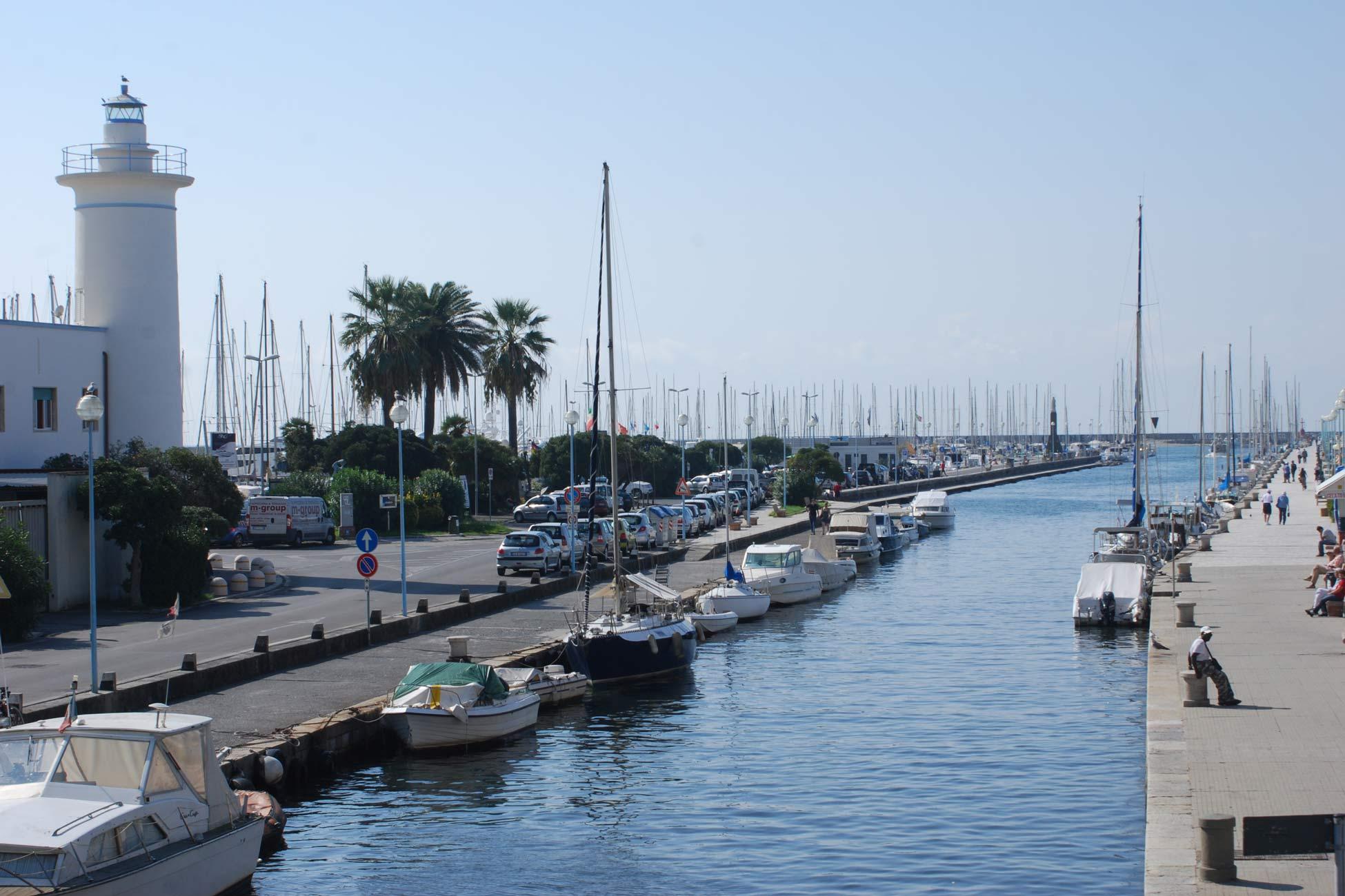 Viareggio Hafen und Leuchtturm