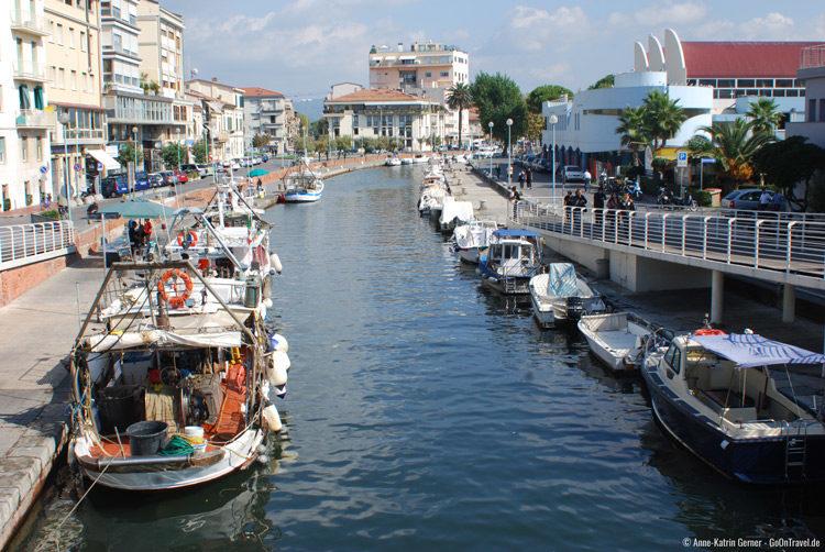 Porto canale di Viareggio