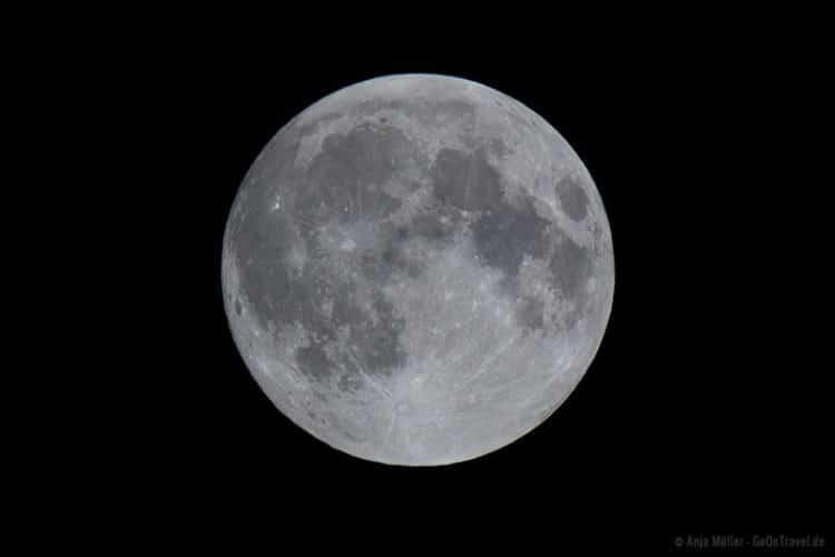 Vollmond fotografieren: 1/640 Sekunden, f/8, ISO 125, 600 mm