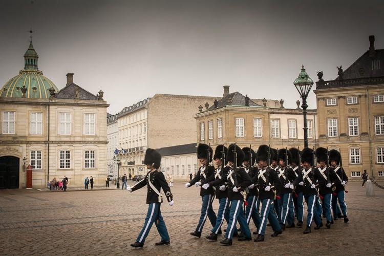 Wachablösung auf dem Schlossplatz