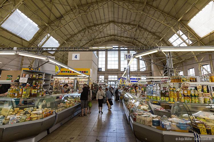 In einer Halle des Zentralmarktes